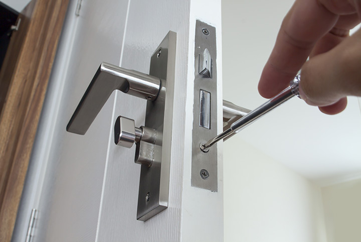 Our local locksmiths are able to repair and install door locks for properties in Friern Barnet and the local area.