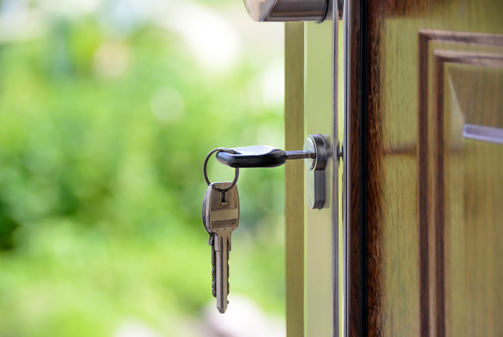 A2B Locks are able to provide local locksmiths in Friern Barnet to repair your broken locks.